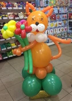 Фигура из шаров Кот с букетом /Л